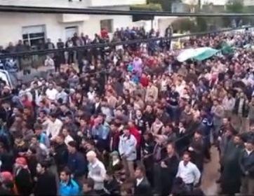 120 000 protester till orback